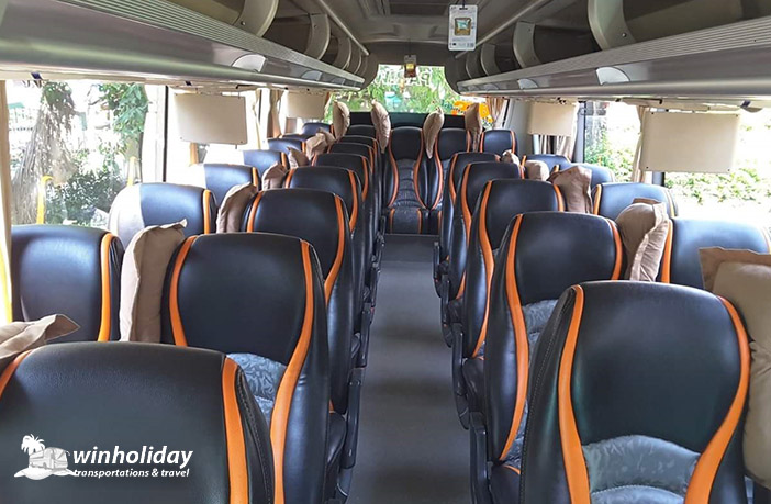 Interior medium bus horizon 31 seats a