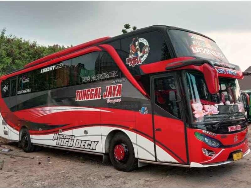 tempat sewa bus pariwisata Jakarta